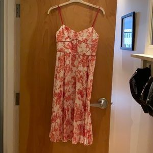 Club Monaco size 2 red/white pleated dress